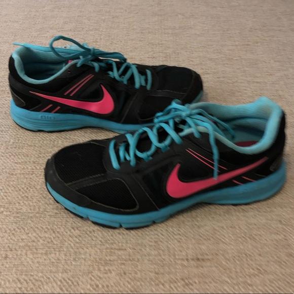 Nike Shoes   Womens Nike Sneakers Black